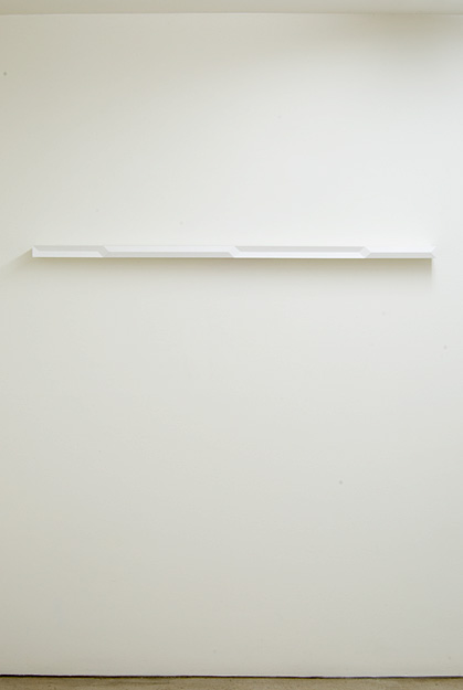 Andreas Christen / Untitled  1995  4 x 136 x 8 cm Wood, white paint sprayed