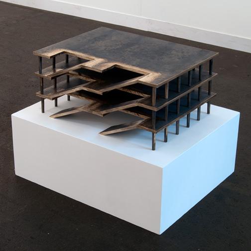 Rita McBride / Rita McBride Parking Garage  2011 28.5 x 47 x 62 cm bronce