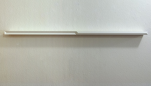 Andreas Christen / Andreas Christen ohne Titel  1993  3 x 126 x 8 cm wood, sprayed white