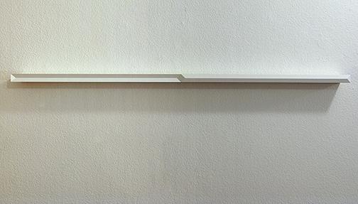 Andreas Christen / Andreas Christen ohne Titel  1993  3 x 126 x 8 cm Holz, weiss gespritzt