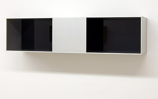 Donald Judd / Untitled (91-88)  1991  25 x 100 x 25 cm Clear anodized aluminium with dark transparent grey acrylic sheet