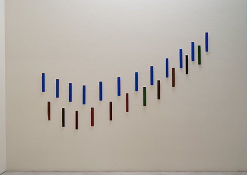 Joseph Egan / Voices Nr. 10  2008  each: 37 x 6 x 1.5 cm various paints and sand on wood (23 parts)