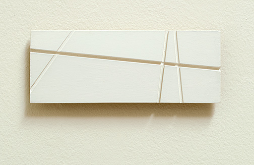Fred Sandback / Untitled  1998  7.8 x 20.8 x 1.5 cm acrylic on wood