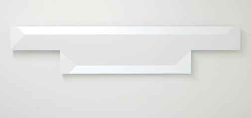 Andreas Christen / Andreas Christen  Ohne Titel  2005 24 x 108 cm MDF-Platte, weiss gespritzt